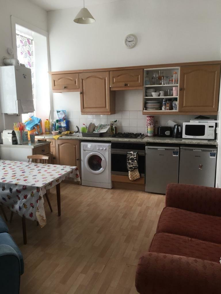 Best 4 Bedroom Hmo Flat To Rent Melville Terrace Eh9 1Lp In With Pictures