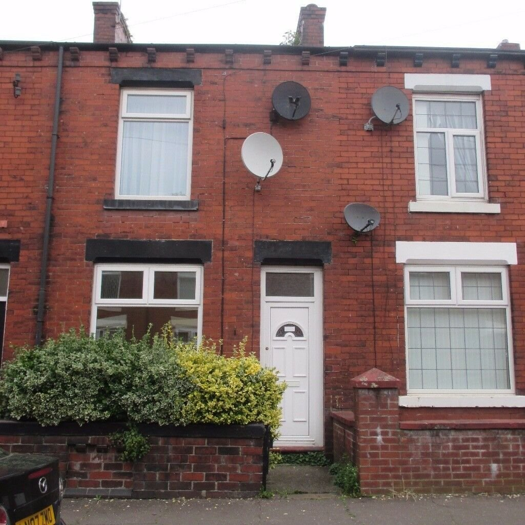 Best Two Bedroom House To Let In Newton Heath In Newton Heath With Pictures