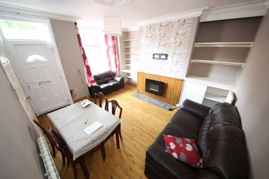 Best Two Bedroom House To Rent Ashton Avenue Harehills With Pictures