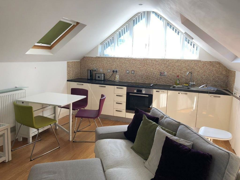 Best Spacious One Bedroom Flat In Hendon In Hendon London Gumtree With Pictures