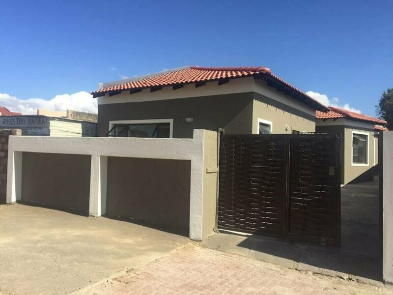 Best 2 Bedroom House In Diepkloof Soweto Gumtree Classifieds South Africa 432866069 With Pictures
