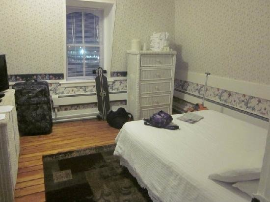 Best 2 Person Bedroom With Full Size Bed Picture Of New With Pictures