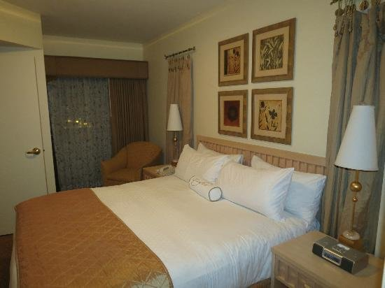 Best Bedroom Picture Of Polo Towers Suites Las Vegas With Pictures
