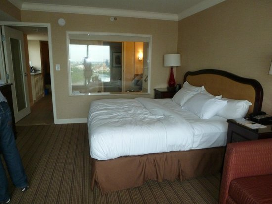 Best Corner Suite Room 3150 Picture Of Hilton Niagara Falls With Pictures