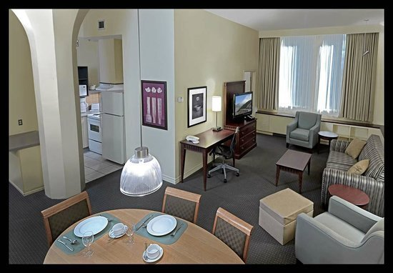 Best One Bedroom Suite Picture Of Le Square Phillips Hotel With Pictures