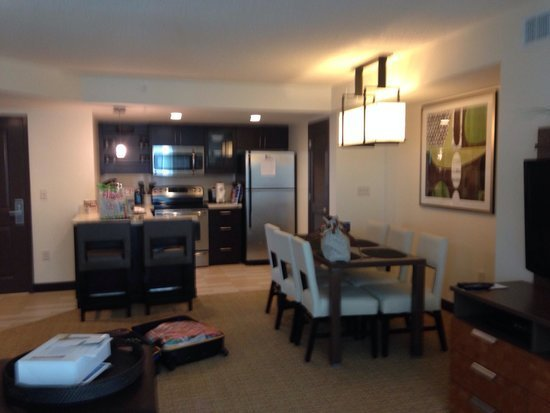 Best Den And Kitchen One Bedroom Suite Picture Of Oceanaire With Pictures