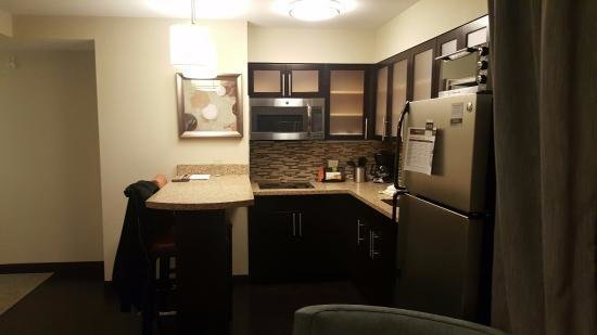 Best 2 Bedroom Suite Bath 1 Of 2 Picture Of Staybridge Suites With Pictures