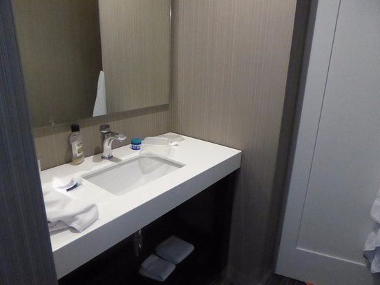 Best Vanity Unit In Bedroom Picture Of Courtyard By Marriott With Pictures