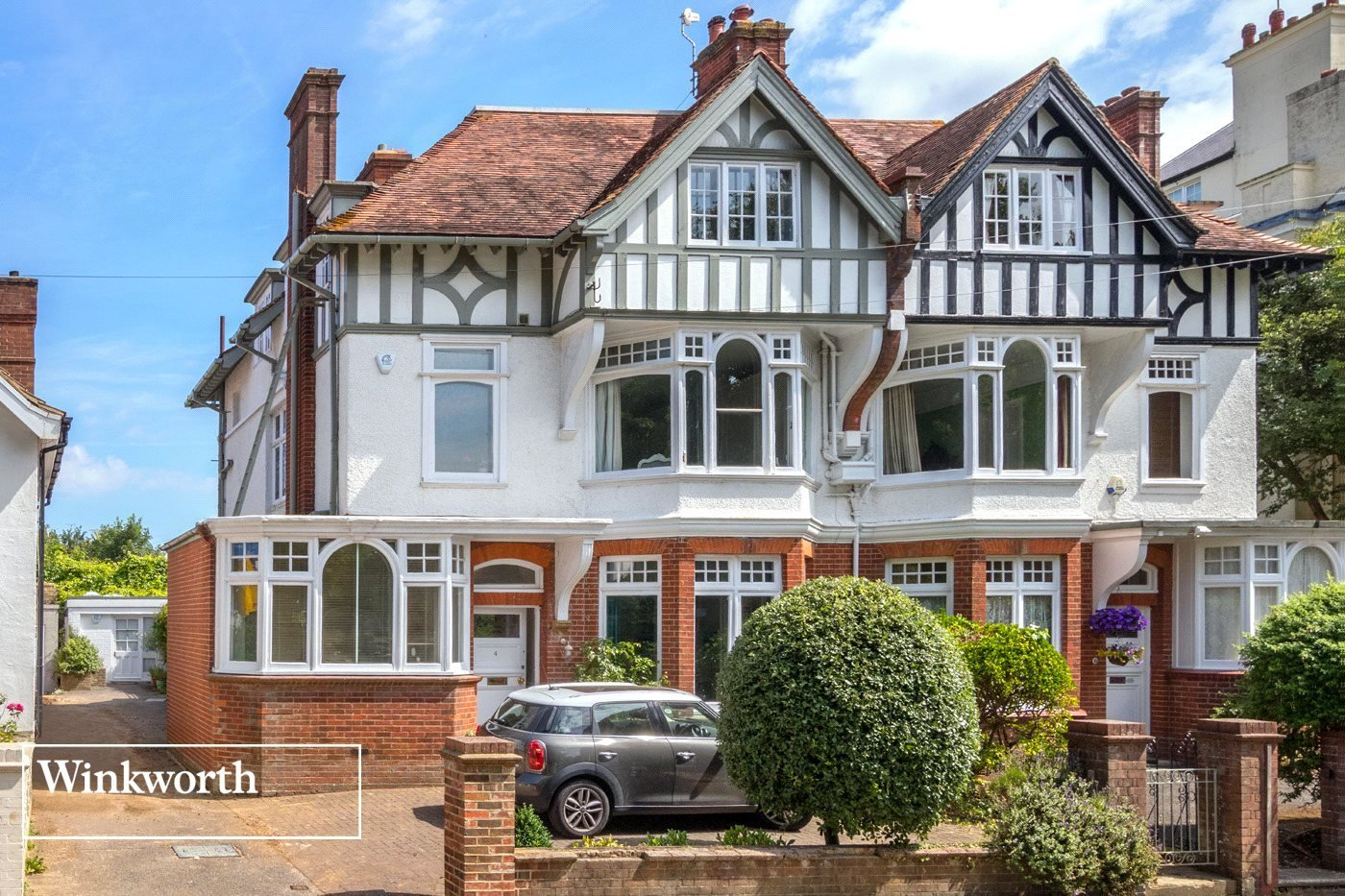 Best 6 Bedroom Property For Sale In Temple Gardens Brighton With Pictures
