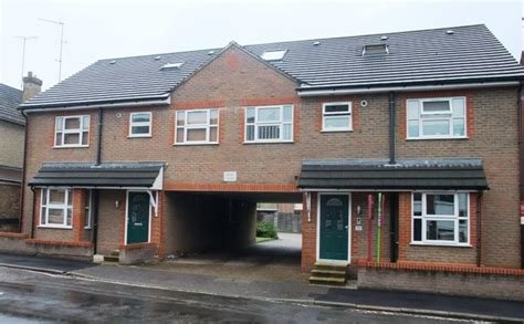 Best Martin Co St Albans 2 Bedroom Flat To Rent In Royston With Pictures
