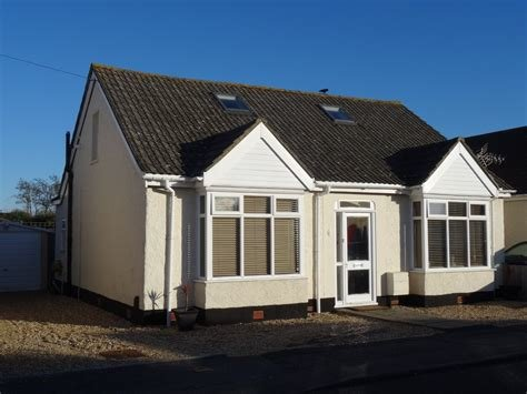 Best Martin Co Gosport 3 Bedroom Detached Bungalow To Rent In With Pictures