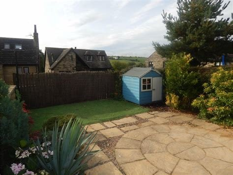Best Whitegates Huddersfield 2 Bedroom House To Rent In Houses With Pictures