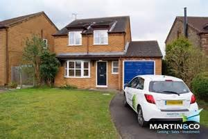 Best Martin Co Lincoln 3 Bedroom Detached House To Rent In With Pictures