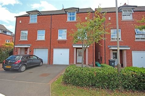 Best Whitegates Leicester 4 Bedroom House To Rent In Goldhill With Pictures