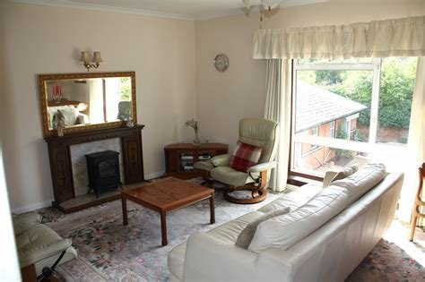 Best Parkers Reading 1 Bedroom Flat For Sale In Windsor Court 11 Tilehurst Road Reading Rg1 Parkers With Pictures