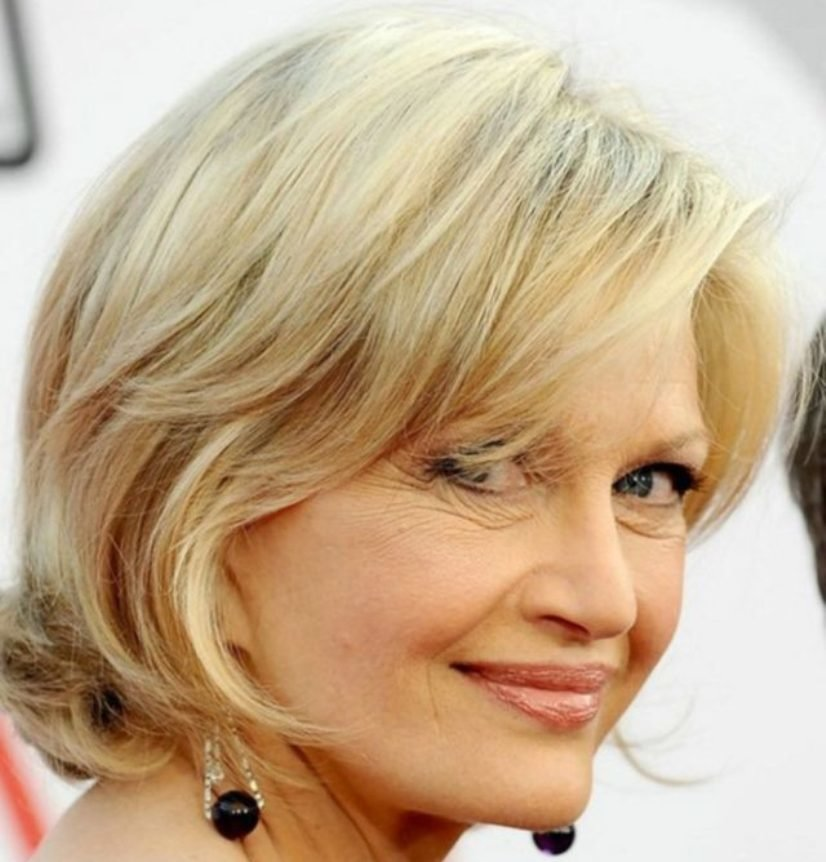 Free 15 Stylish Short Hairstyles For Women Over 50 For A Wallpaper