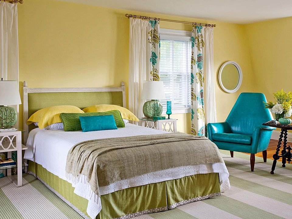 Best How To Decorate A Bedroom With Yellow With Pictures