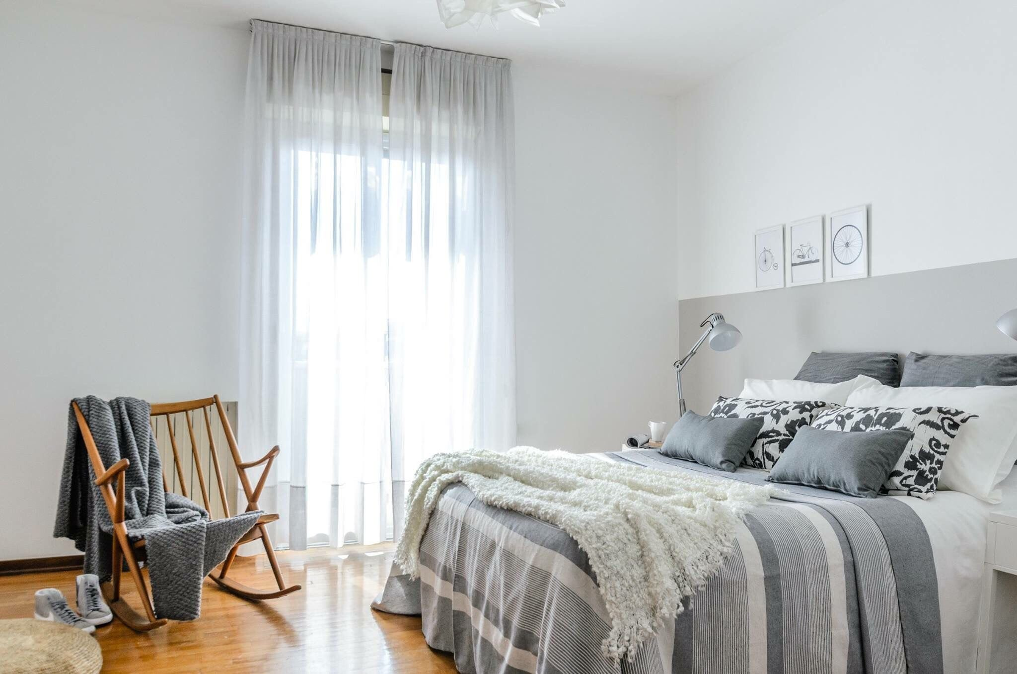 Best 7 Soothing Bedroom Color Palettes With Pictures