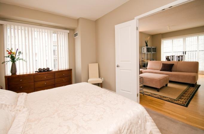 Best Byward Market Ottawa 2 Bedroom Apartments Clarendon Lanes Gwl Realty Advisors Residential With Pictures