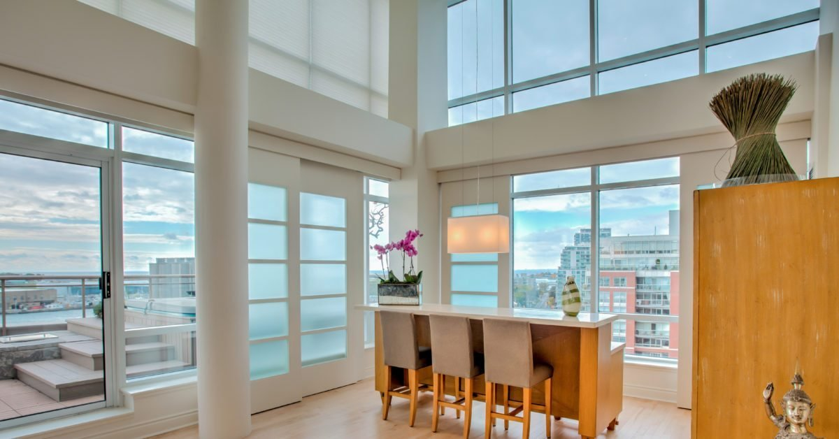 Best 4 2 Million For A Two Level Lakefront Suite With Pictures