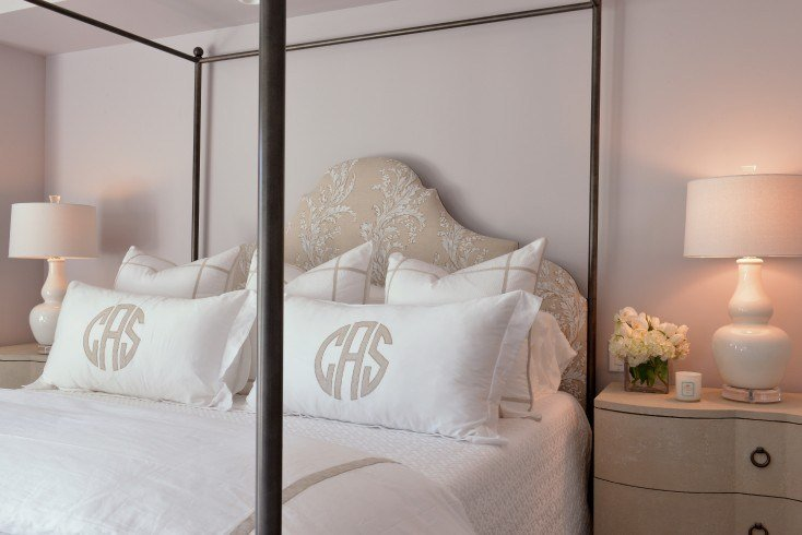 Best White And Beige Bedroom Ideas Traditional Bedroom With Pictures