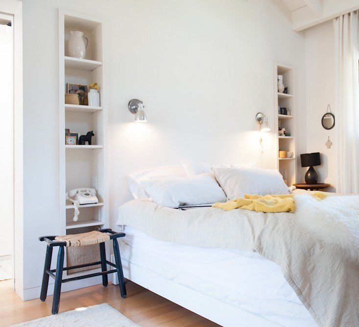 Best Remodeling 101 Bedside Lighting Remodelista With Pictures