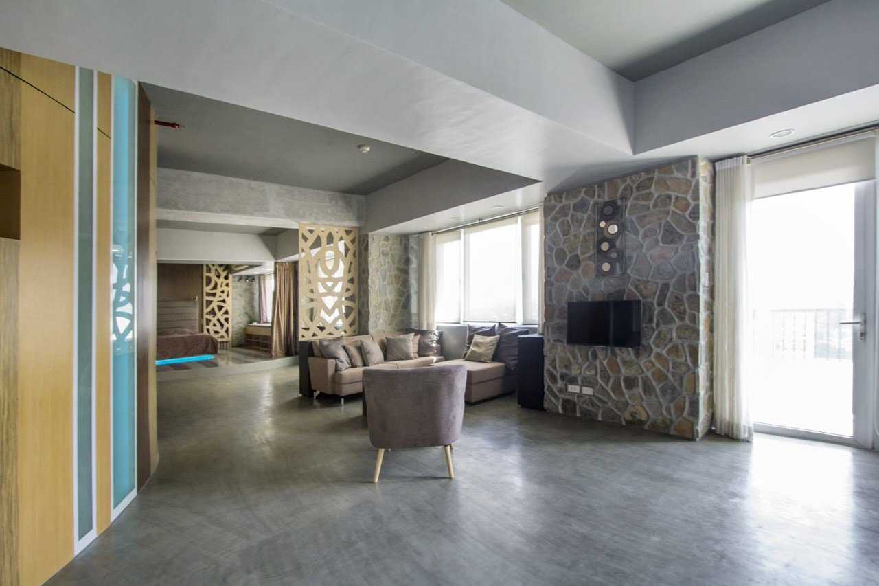 Best Spacious 1 Bedroom Bachelor Pad In Cebu Business Park With Pictures