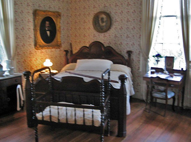 Best Antique Furniture Bedroom At Oakleigh Mansion Mobile Al With Pictures