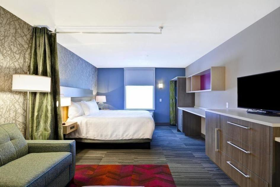 Best 1 King Bed Studio Suite At Home2 Suites By Hilton Kansas With Pictures