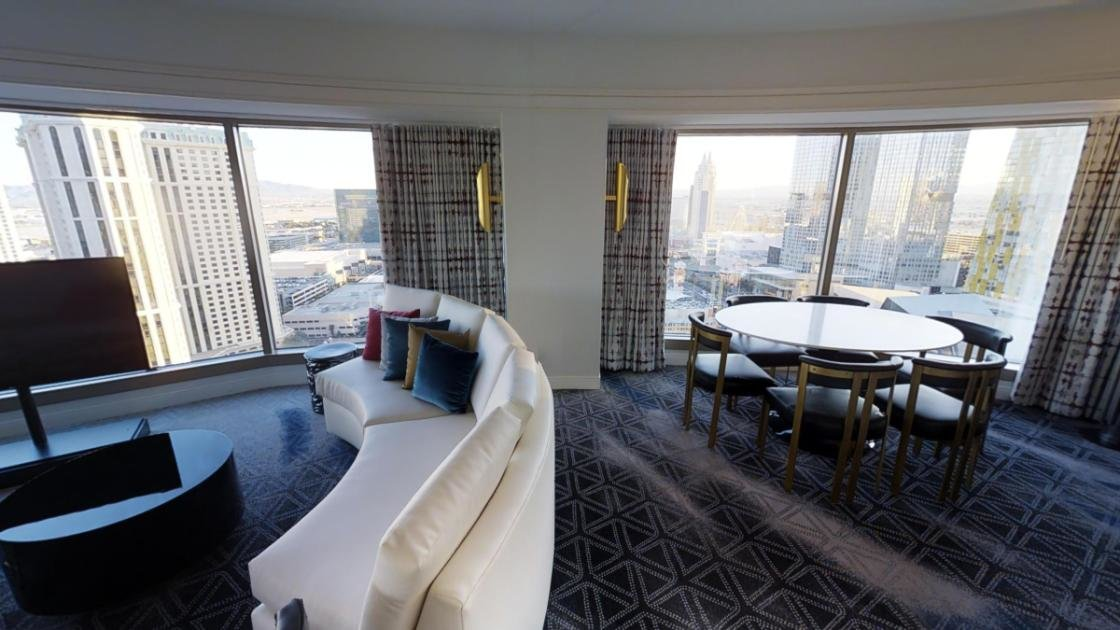 Best Ultra Hip Panorama King Suite 2 Queens At Planet With Pictures