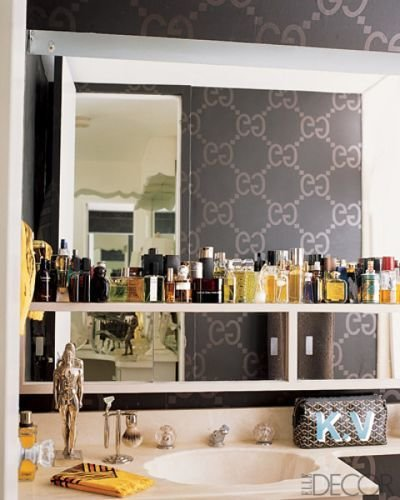 Best 15 Whimsical Wallpaper Ideas For Your Bathroom Gucci With Pictures
