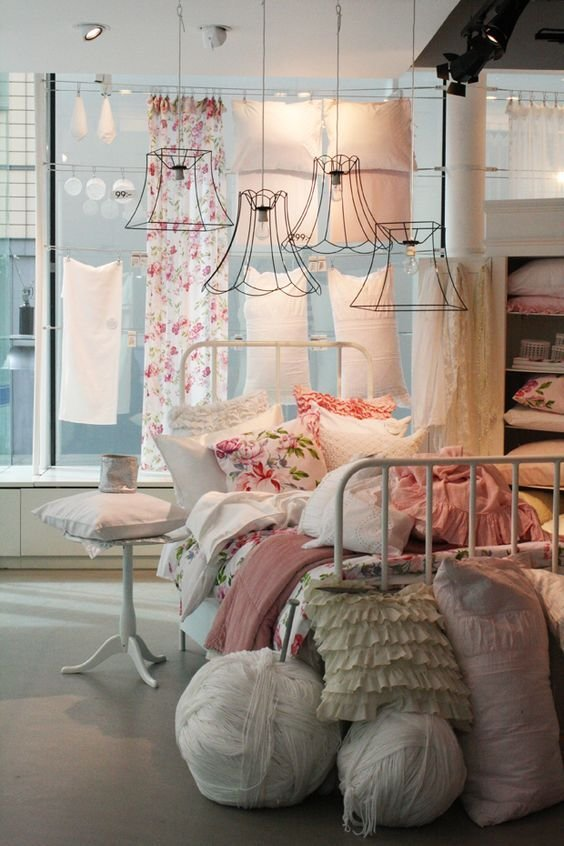 Best Shabby Chic Bedroom Love The Vintage Wire Lamp Shades With Pictures