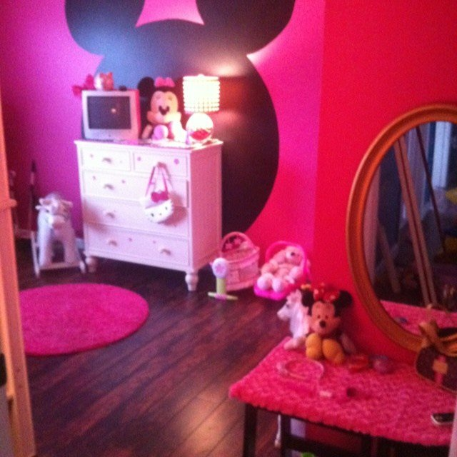 Best My Little Girls Minnie Mouse Bedroom In The Big Blue With Pictures