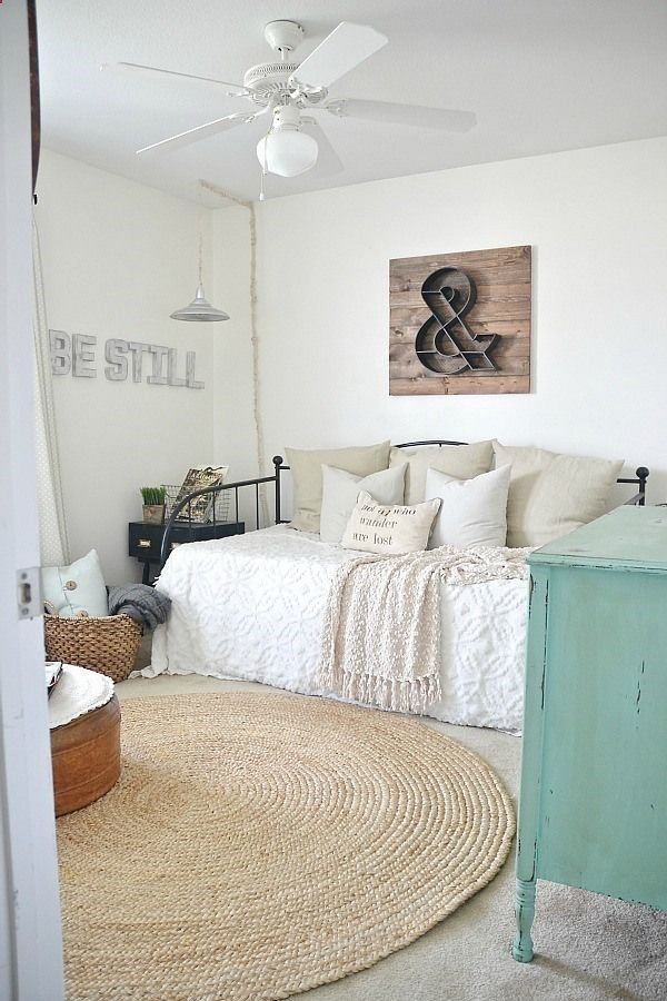 Best 1000 Ideas About Bedroom Office Combo On Pinterest Murphy Bed Office Murphy Bed With Desk With Pictures