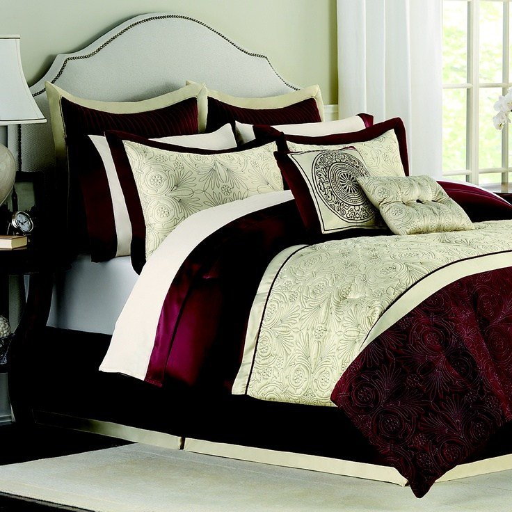 Best Love How The Rich Burgundy Mixes With The Deep Beige On With Pictures