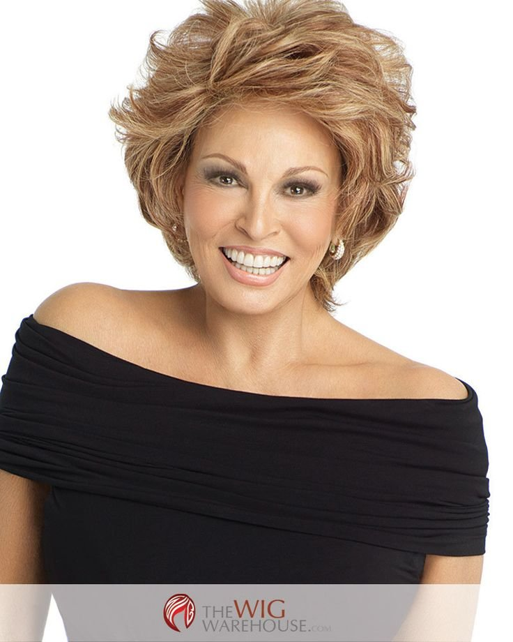 Free The Short Layered Cut Of The Applause By Raquel Welch Wallpaper