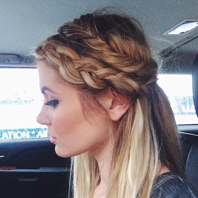 Free 17 Best Ideas About Rainy Day Hairstyles On Pinterest Wallpaper