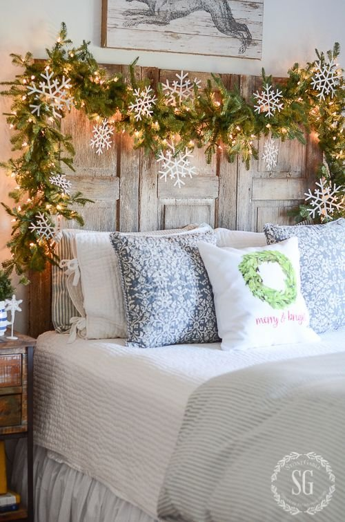 Best 25 Best Ideas About Bright Christmas Decorations On With Pictures