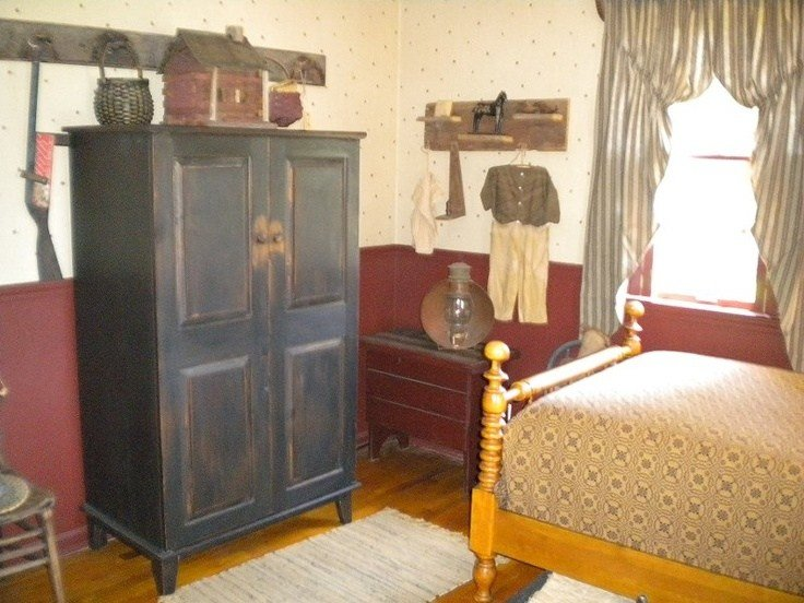 Best 98 Best Images About Primitive Colonial Bedrooms On Pinterest With Pictures