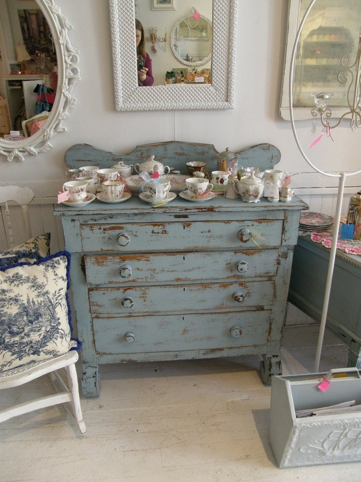 Best 430 Best Images About Chippy Distressed Shabby Painted With Pictures