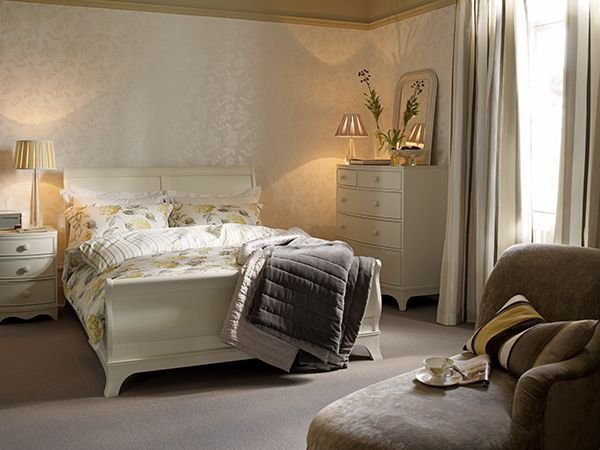 Best 17 Best Ideas About Ivory Bedroom Furniture On Pinterest Furry Rugs Autumn Diy Room Decor And With Pictures