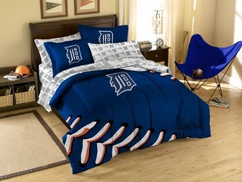 Best 17 Best Images About Detroit Tigers Bedroom Decor Ideas On Pinterest Removable Wall Bed In A With Pictures