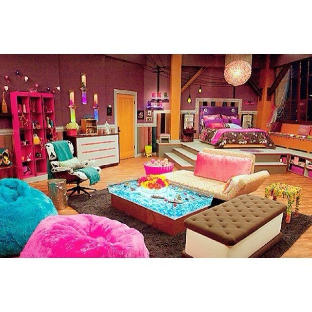Best Carly Shay S Bedroom On Icarly I Always Wanted Her Room With Pictures