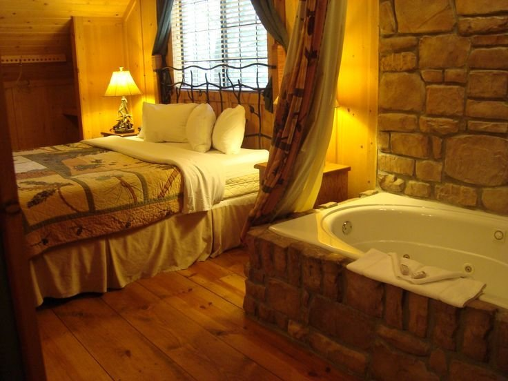 Best Green Mountain Resort Branson Missouri Master Bedroom W With Pictures