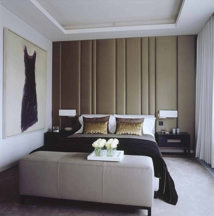 Best A Chic Bedroom With Incredibly Upholstered Silk Walls Is With Pictures