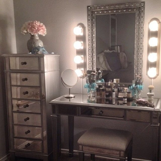 Best 25 Best Ideas About Mirrored Furniture On Pinterest With Pictures