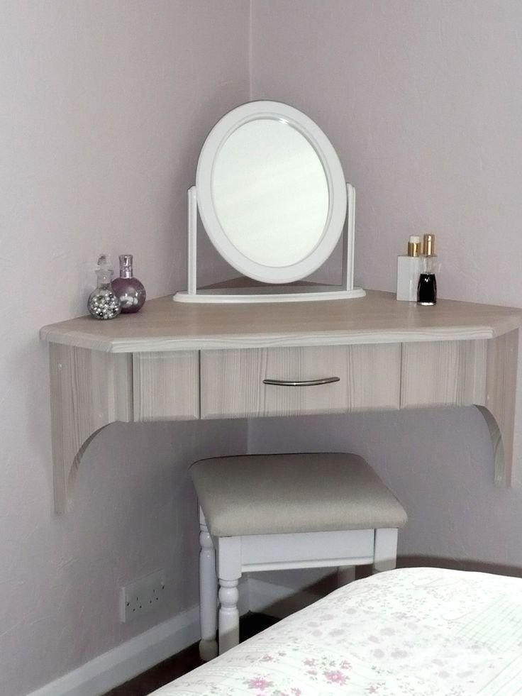 Best 25 Best Ideas About Dressing Table Decor On Pinterest Makeup Vanity Set Makeup Vanity Tables With Pictures