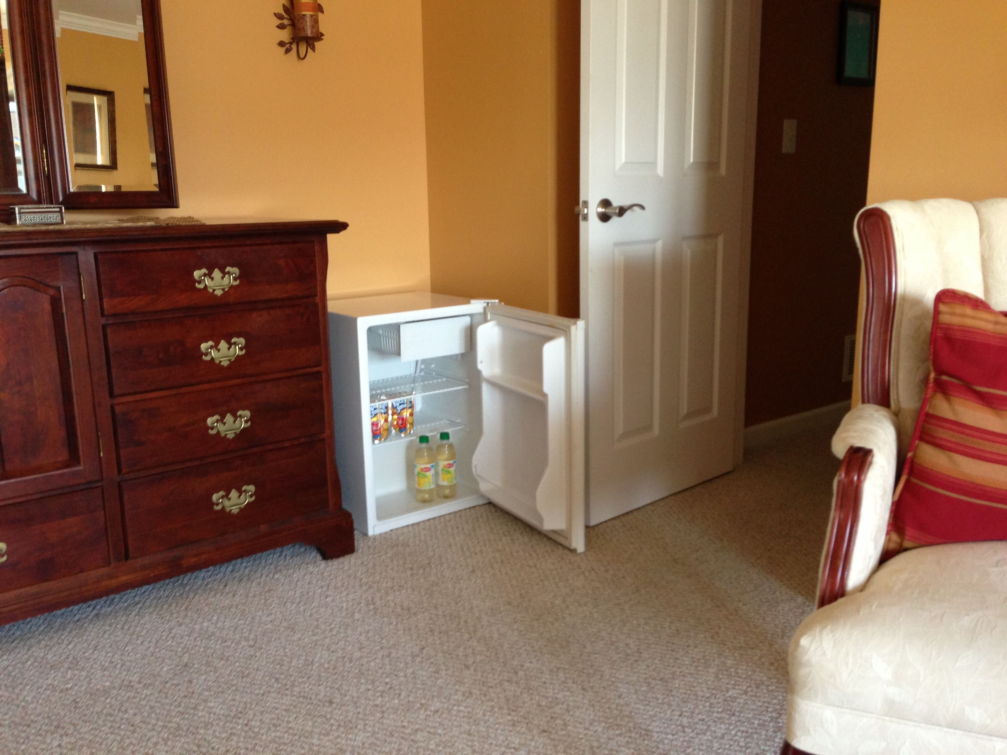 Best Laziness Idea I Put Our Mini Fridge In A Corner Of Our Master Bedroom Now We Don T Have To With Pictures