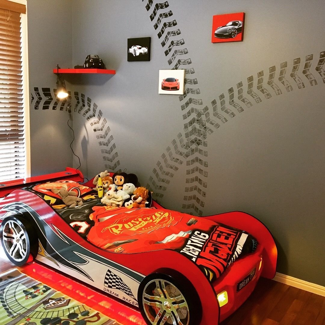 Best Racing Theme Room For Our 3 Year Old Boy Room Bedroom Racing Theme Carbed Car Bed With Pictures