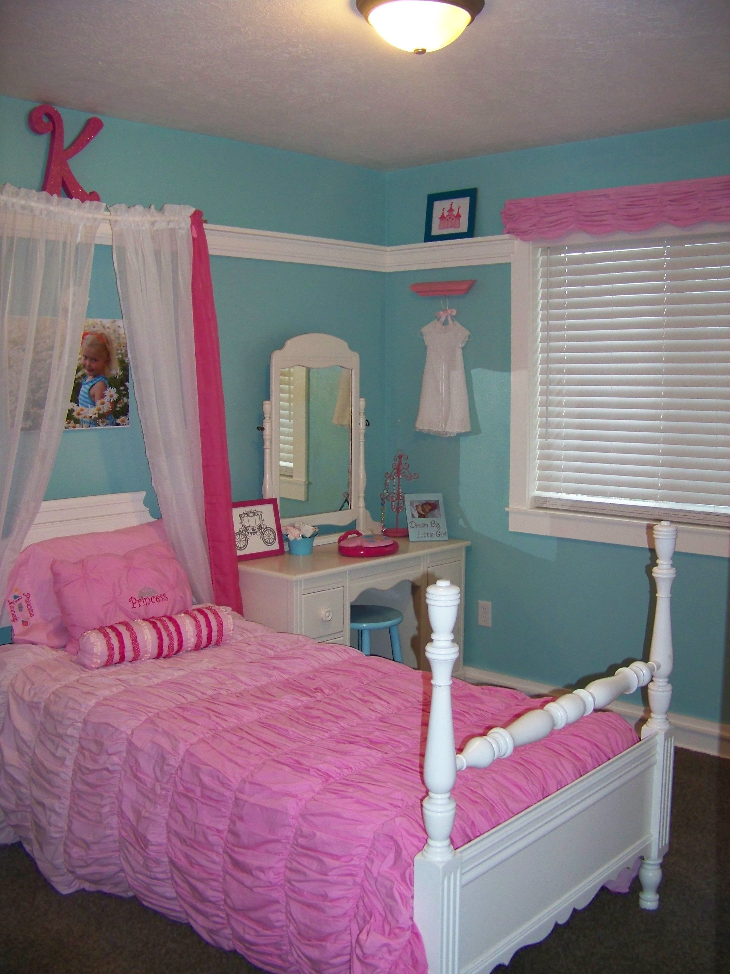 Best Turquoise And Pink Girl Princess Room Kennedy S Room With Pictures